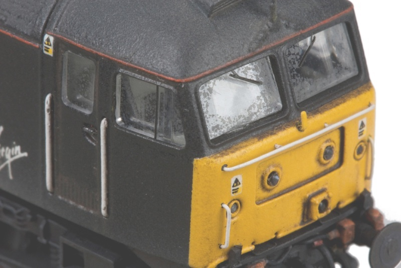 Class 47 with moulded handrails